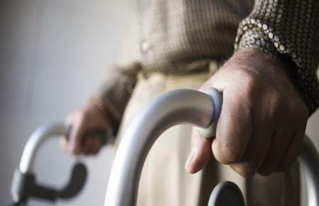 FORO reconoce que la municipalización del servicio de atención a domicilio pone en riesgo empleos de trabajadoras