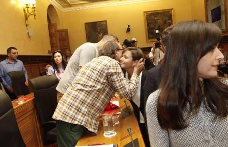 FORO y PODEMOS escenifican su acuerdo en el nombramiento de la Fundación Cajastur