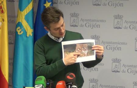 El PSOE pide a FORO que urja al gobierno central a desbloquear  la regasificadora