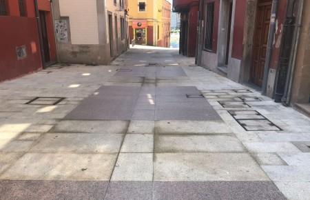 El PSOE exige la plataforma única como solución para la calle Vicaría