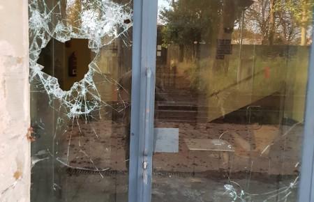 El PSOE denuncia el estado de abandono del Albergue juvenil municipal